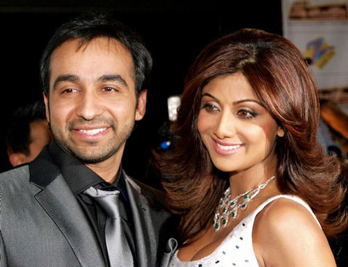 Shilpa Shetty And Raj Kundra Nice And Cool Pics