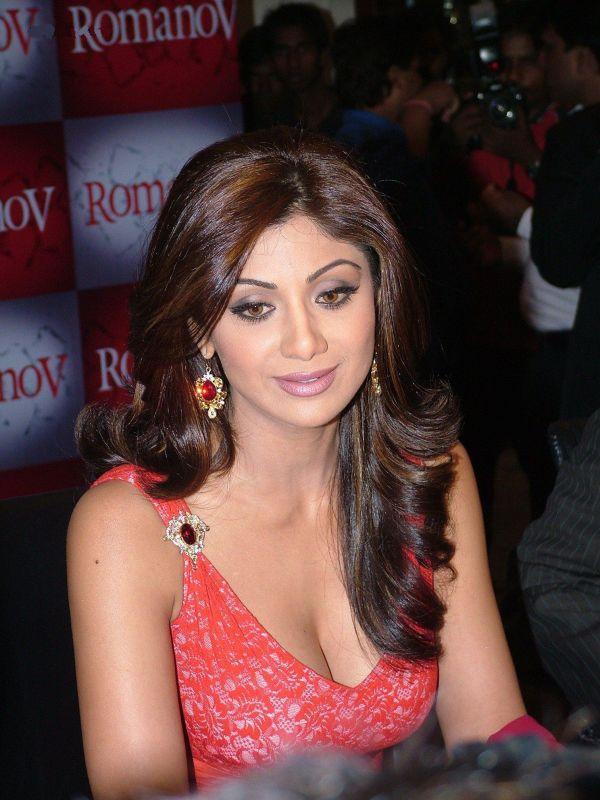 Shilpa Shetty Beautiful Face Look Cool Pics