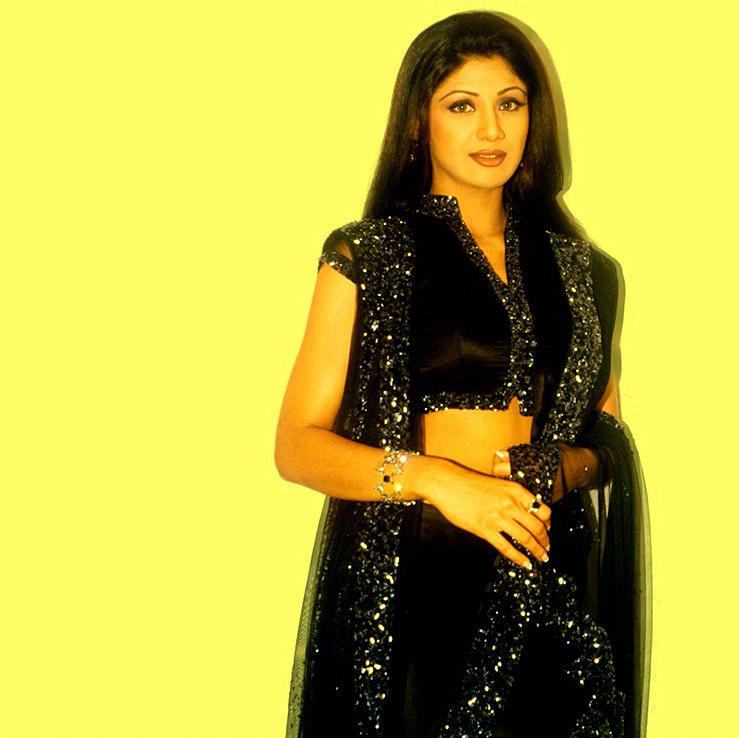 Shilpa Shetty Stunning Face Look With Black Dress Hot Wallpaper