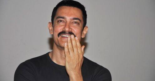 Aamir Khan Hot Smiling Stills