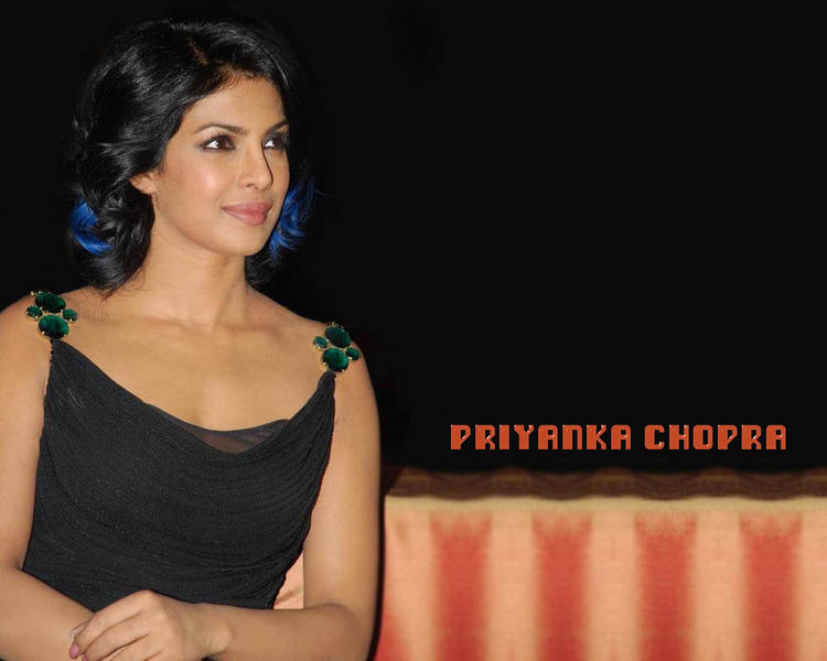 Priyanka Chopra In Black Dress Sweet Wallpaper