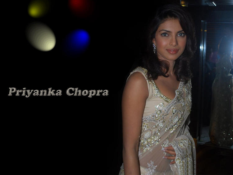 Priyanka Chopra Latest Pic In Saree