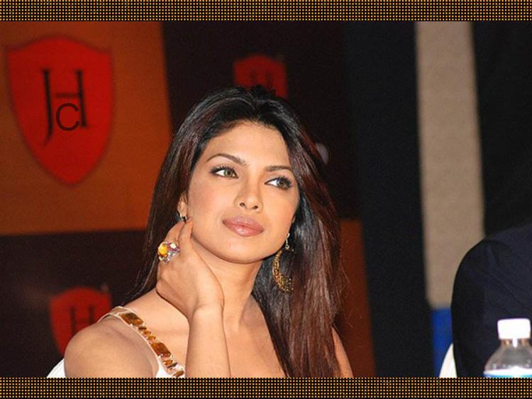 Priyanka Chopra Nice Face Look Picture
