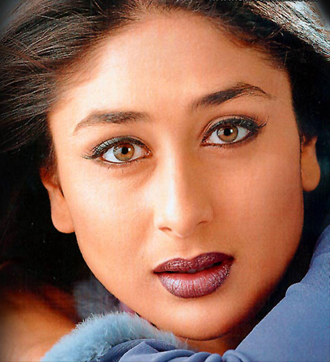 Kareena Kapoor Sexy Eyes and Wet Lips Pic
