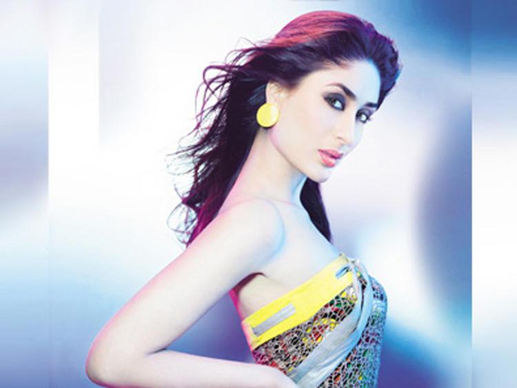 Kareena Kapoor Strapless Dress Latest Fairy Look Still