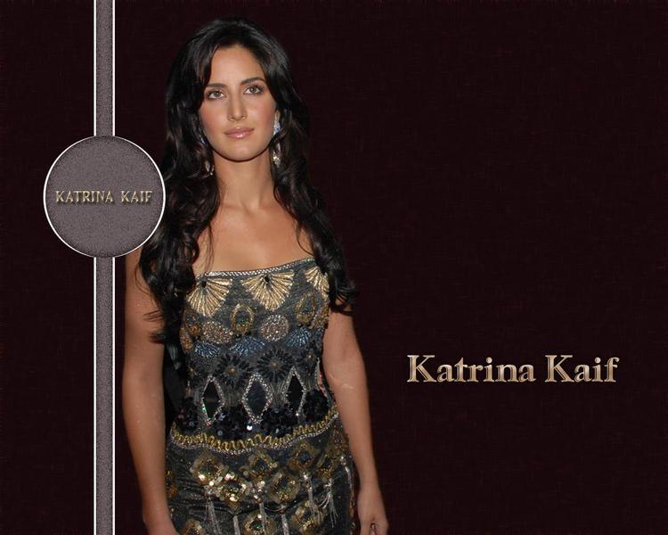 Glam Babe Katrina Kaif Wallpaper