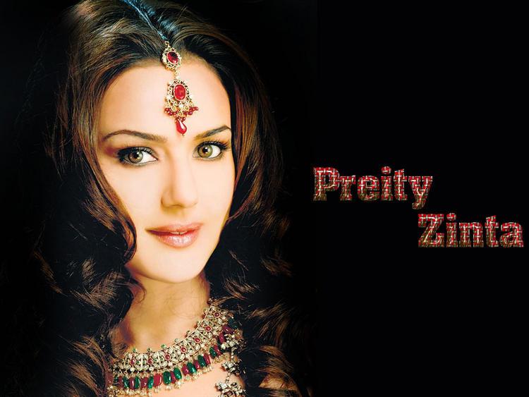 Preity Zinta Beautiful Gorgeous Look Wallpaper