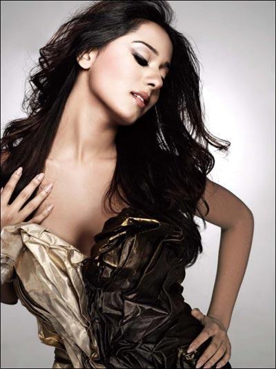Amrita Rao Spicy Pose For Maxim