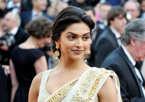 Deepika Padukone Beauty Still In Saree