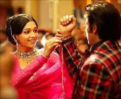 Deepika Padukone Cute Still In Om Shanti Om