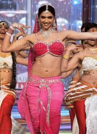 Deepika Padukone Sexy Dance Still