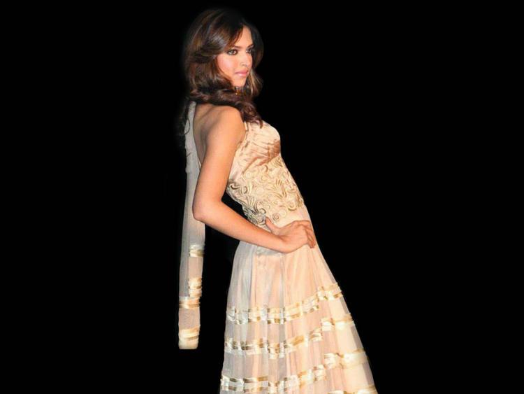 Deepika Padukone Sexy Pose Still