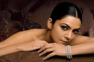 Sushmita Sen Sizzling Face Look Wallpaper