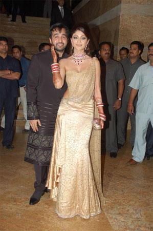 Shilpa Shetty And Raj Kundra Nice Pics
