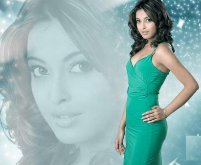 Tanushree Dutta Green Dress Hot Wallpaper