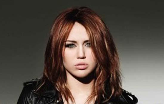 Miley Cyrus Hot Gorgeous Face Look Still