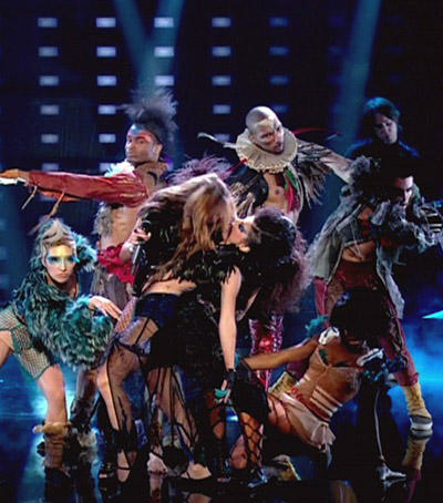 Miley Cyrus Hot Performance Pic