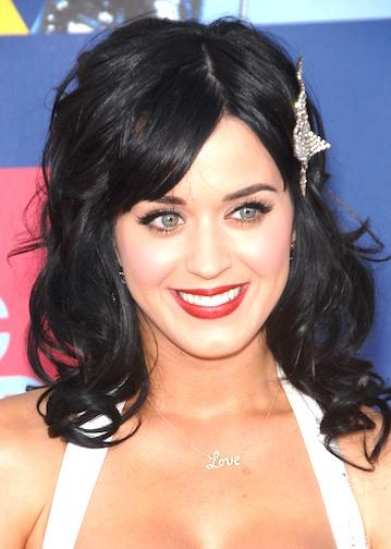 Katy Perry Sweet Shiny Face Look Still