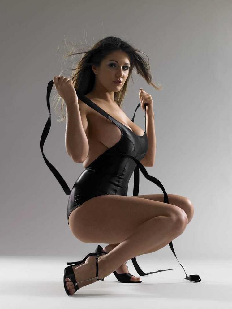 Lucy Pinder Latest Hot Still