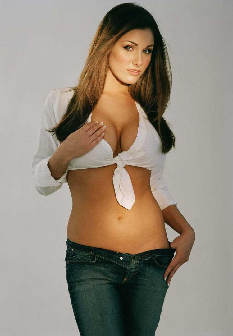 Lucy Pinder Spicy Hot Navel Pic