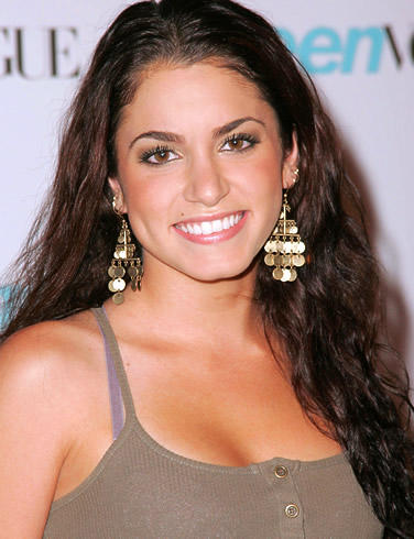 Nikki reed Natural Smiling Pics