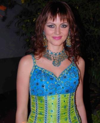 Yana Gupta Looking Very Beautiful