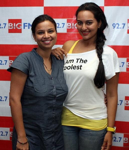 Sonakshi Sinha Promotes Rowdy Rathore at 92.7 Big FM