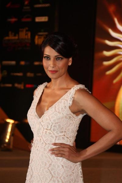 Bipasha Basu Close Up Pic at the Press Conference of IIFA 2012