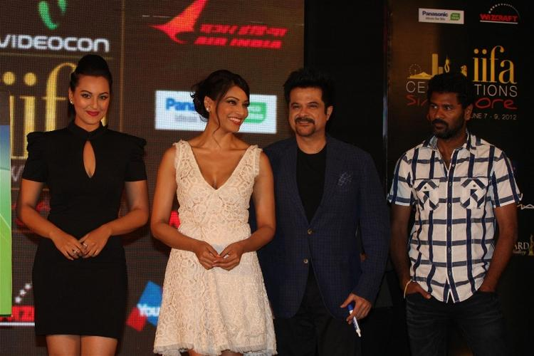 Bipasha Basu,Anil Kapoor and Sonakshi Sinha at IIFA Press Meet