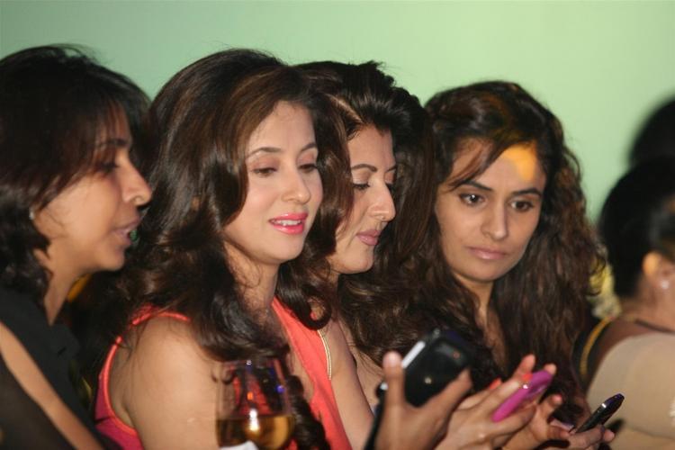 Urmila and Sangeeta at Anita Dongre Cotton Council Fashion Show