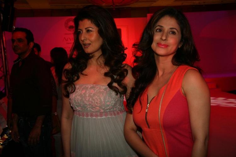 Urmila and Sangeeta at Cotton Council Fashion Show