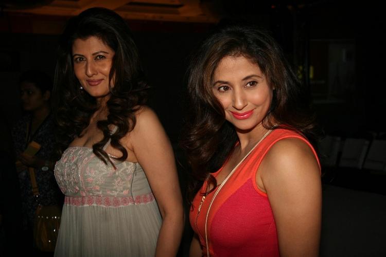 Urmila and Sangeeta Sweet Smile Pic at Anita Dongre Fashion Show