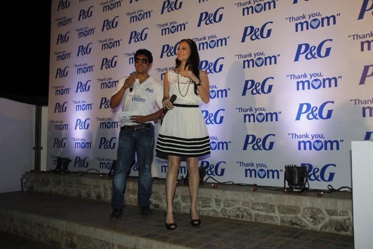 Dia Mirza Short Dress Nice Pics