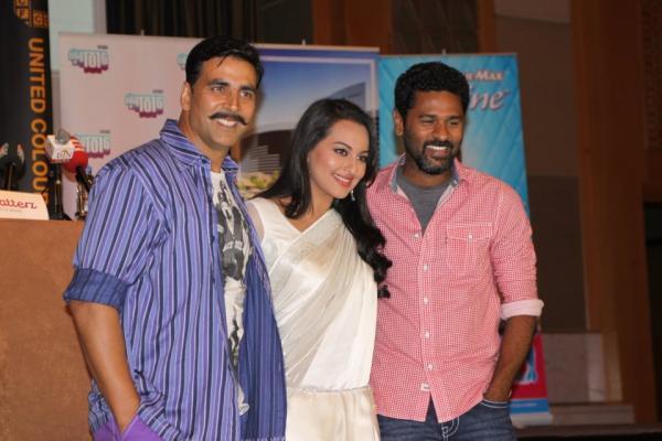 Akshay Kumar,Sonakshi Sinha,Prabhu Deva Nice Pose Photoshoot