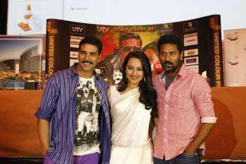 Akshay Kumar,Sonakshi Sinha,Prabhu Deva Smiling Pics