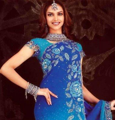 Deepika Padukone Looking Beautiful In Blue Saree