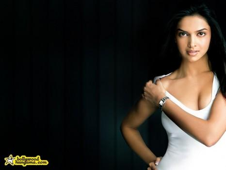 Deepika Padukone Watch Advertisement Wallpaper
