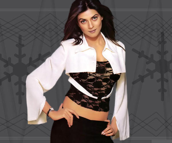 Sushmita Sen Hot Look Wallpaper
