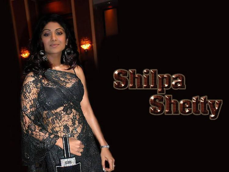 Shilpa Shetty Black Saree Hot Pics