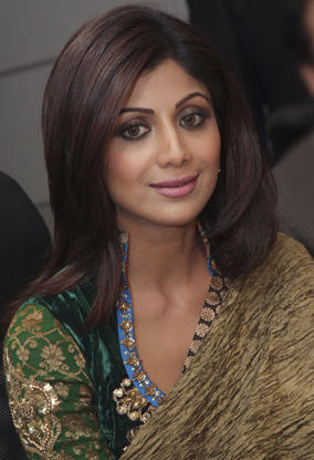 Shilpa Shetty Deadly Smiling Pics