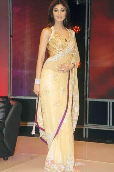 Shilpa Shetty In Gold Colour Designer Saree Pics