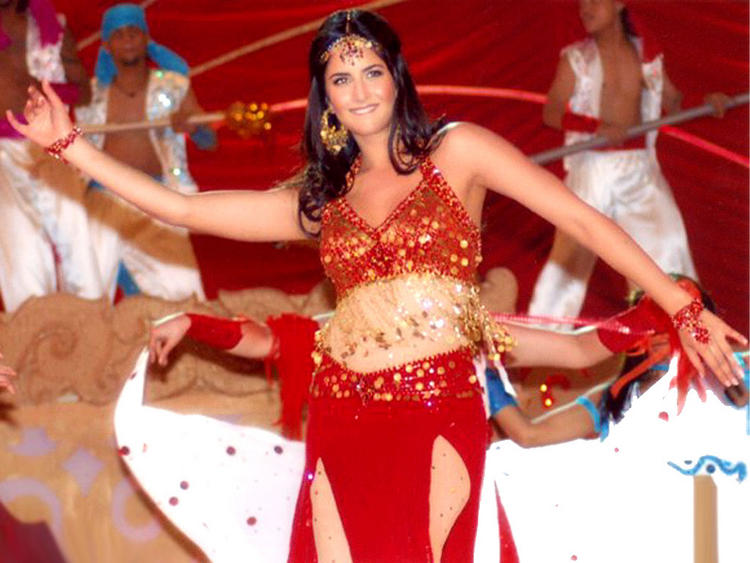 Katrina Kaif Sexy Dance Pin In Red Dress
