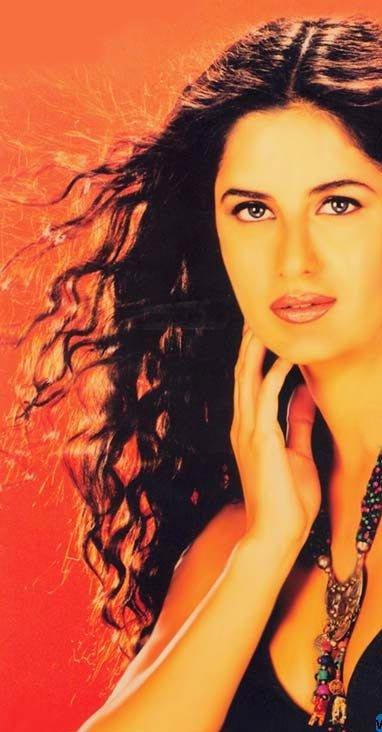 Katrina Kaif Wet Face Look Still