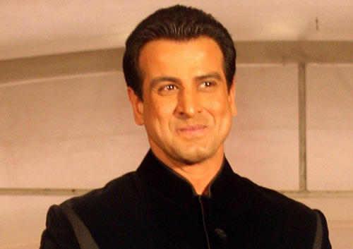 Ronit Roy Stands Firm Behind Srk