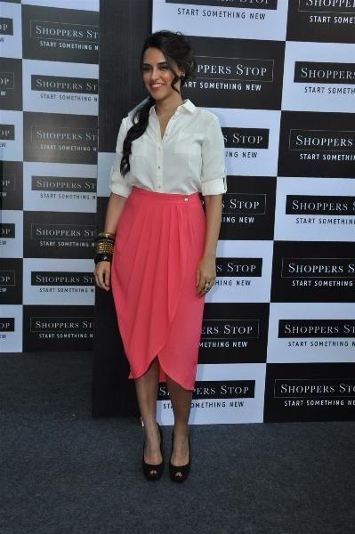 Neha Dhupia Sizzling Pic In In White Shirt and Pink Skirt