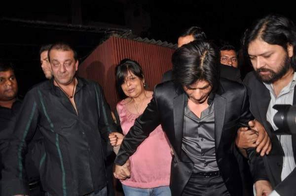 Shahrukh Khan Slapping Shirish Kunder In A Party In 2012