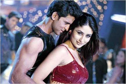 Hrithik and Kareena Hot Sexy Song Still