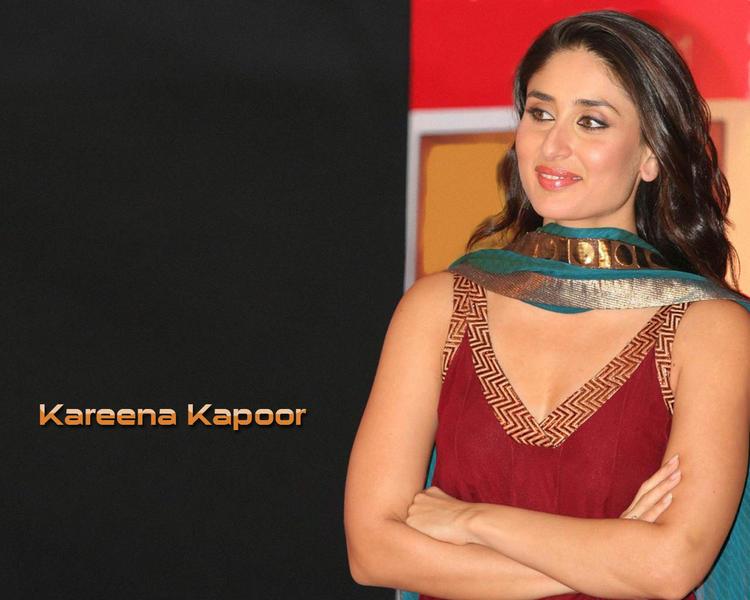 Gorgeous Beauty Kareena Kapoor Sleeveless Dress Still