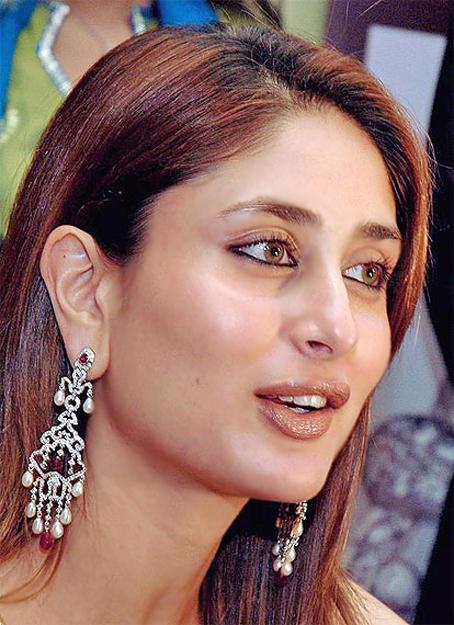 Gorgeous Kareena Kapoor Cute Look Pic