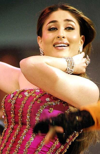 Kareena Kapoor Latest Cute Sweet Still